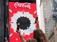 fot. Coca-Cola z pierwszą na świecie robotyczną reklamą 3D na Times Square
