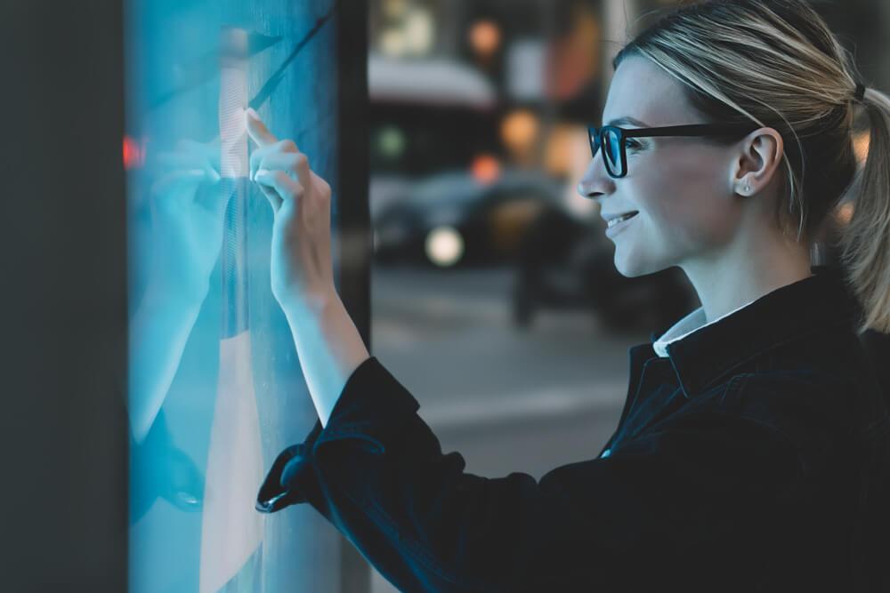 Reklama interaktywna - jak zaangażować odbiorców w reklamę?